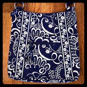 NWOT Vera Bradley Navy Twirly Birds Hipster Bag